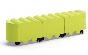Sitzbank Raupe mit Containern - Serie Minty